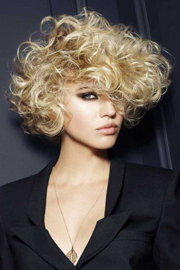 Coupe Courte Over Bouclée Franck Provost Hair Styles Hair Styles