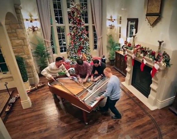 Amazing Rendition of Classic Christmas Song by The Piano Guys Will ...