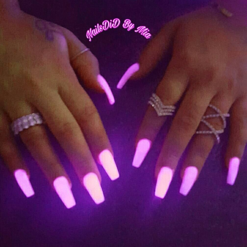 Pin By Selina Marie On Nails Glow Nails Colored Acrylic Nails Neon Acrylic Nails