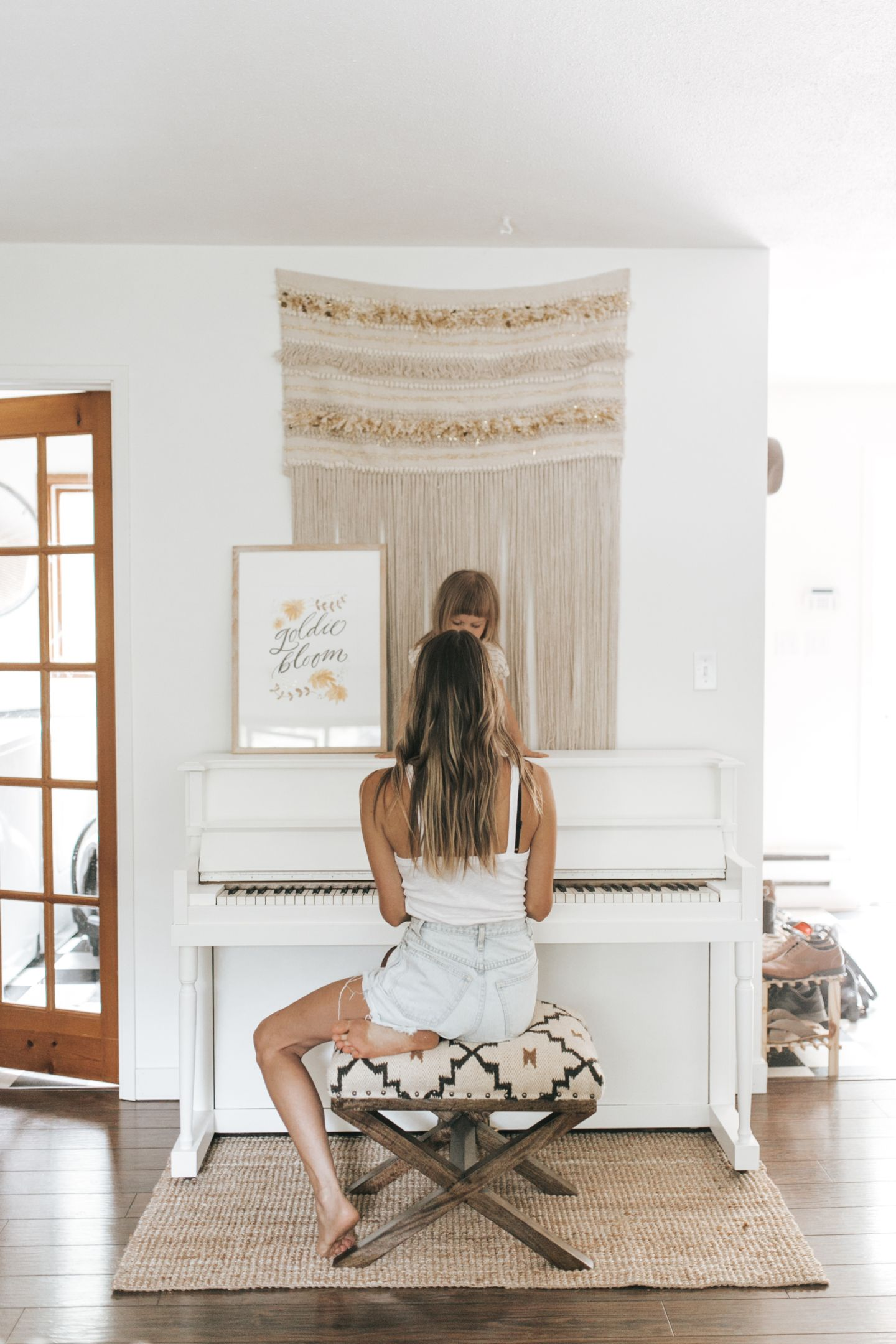 date de sortie 3caef df21b Painting our Piano   HOME SWEET HOME   Piano living rooms ...
