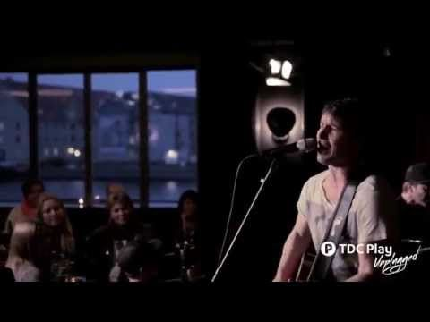 James Blunt - When I Find Love Again TDC Play Unplugged - YouTube
