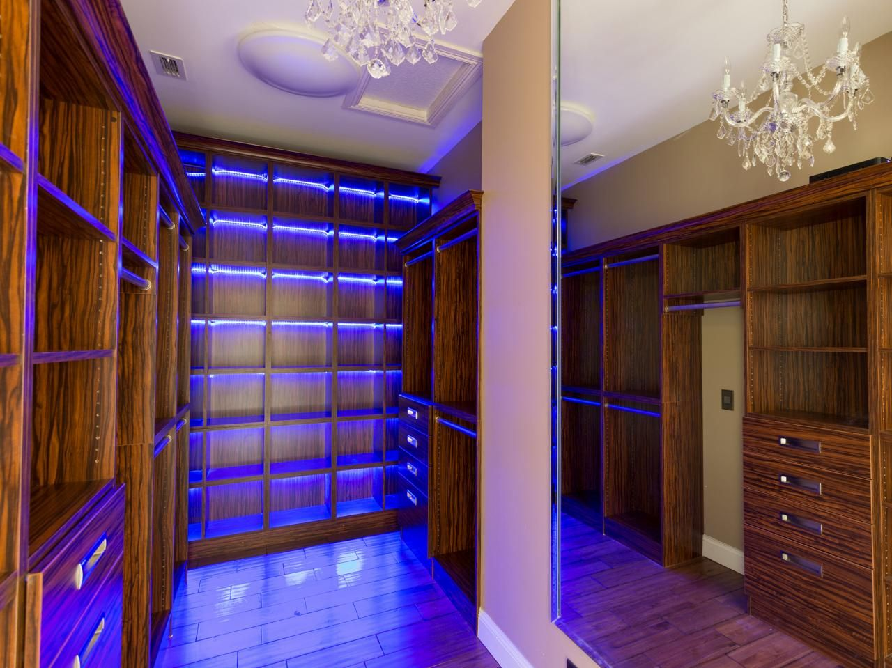 The Vanilla Ice Project Palm Beach Mansion Flip. Closet LightingLed ... & The Vanilla Ice Project: Palm Beach Mansion Flip | Beach mansion ... azcodes.com