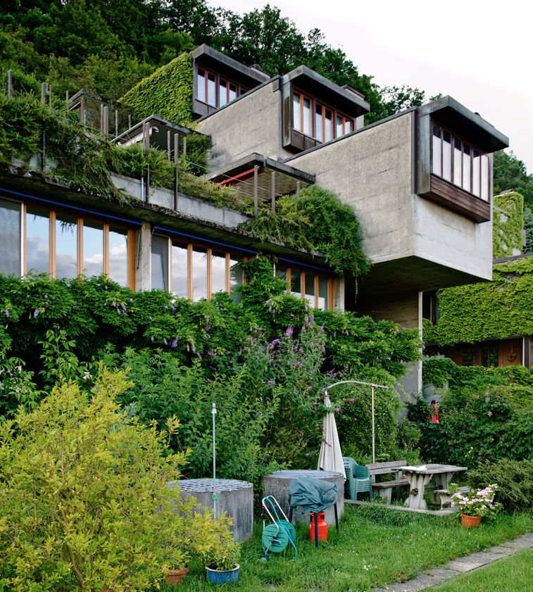 House On A Hill Architecture House Architecture Terrace House