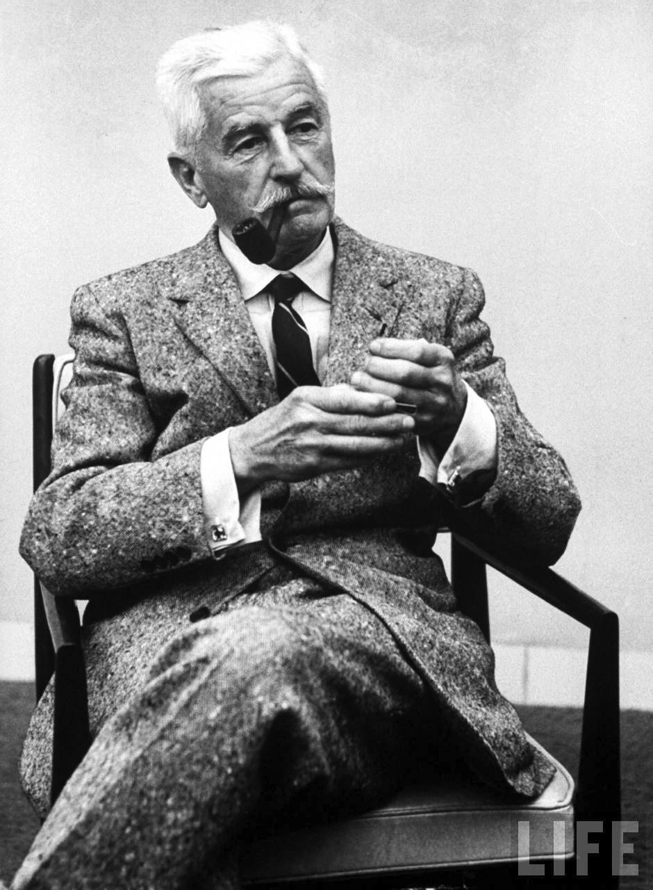 william faulkner style Faulkner's style in as i lay dying is somewhat poetic his style is this prescribed novel is closer to poetry than to prose he tries to capture the emotion of an experience as well as the experience itself.