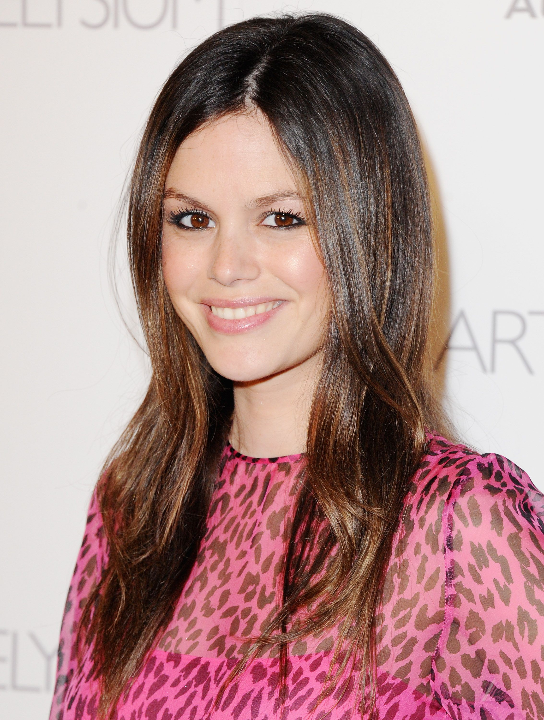 14 Best Haircuts for Spring 2013: semi long and layered in the front -  Rachel Bilson