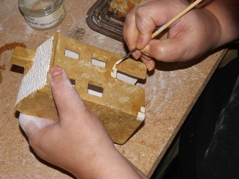 mode d 39 emploi pour peindre les maisons en c ramique les d cos de la flo peinture et bois. Black Bedroom Furniture Sets. Home Design Ideas