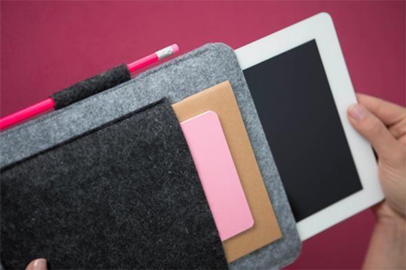 des housses faire soi m me housse pour tablette tablette et housses. Black Bedroom Furniture Sets. Home Design Ideas