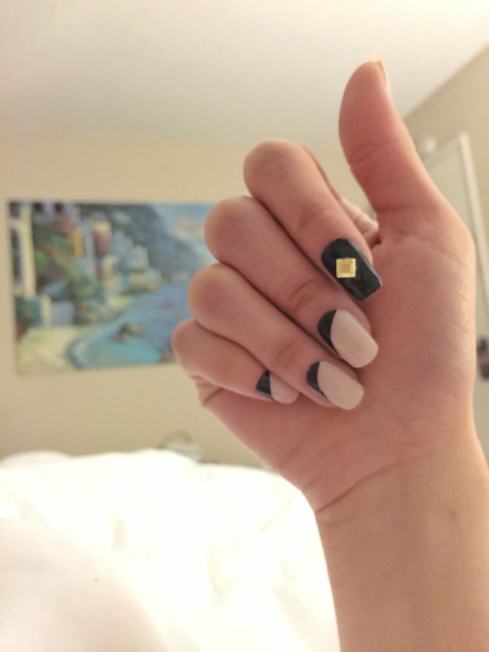 DIY Reverse French Tip | DIY Nail Art | Pinterest