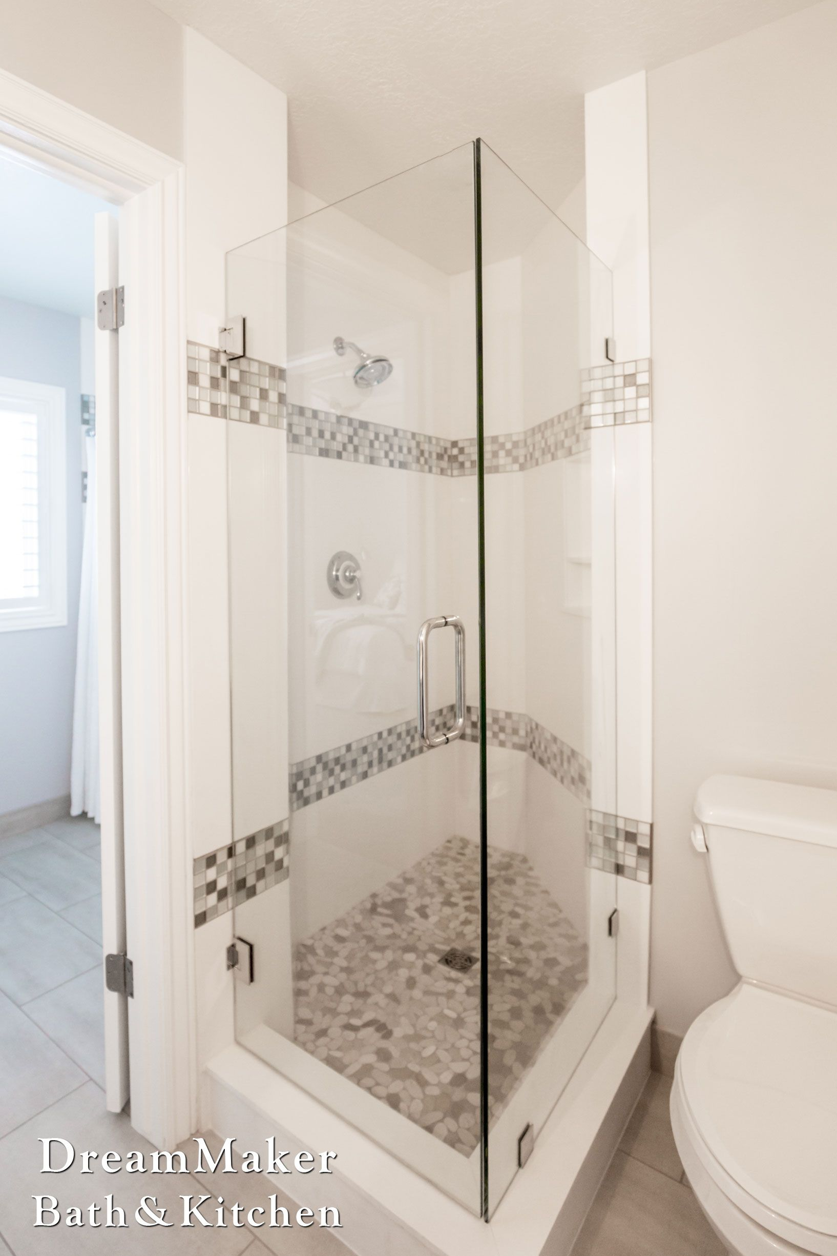 frame less shower enclosure solid surface surround mosaic inlay rh pinterest com
