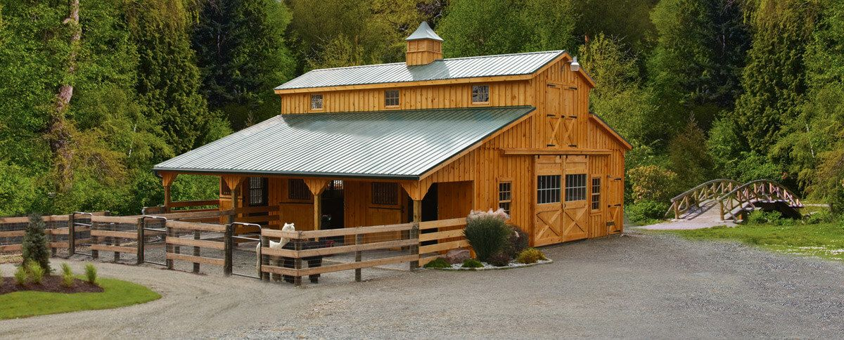 horse barns built to fit your needs barn stall ideas for 3 horses rh pinterest com
