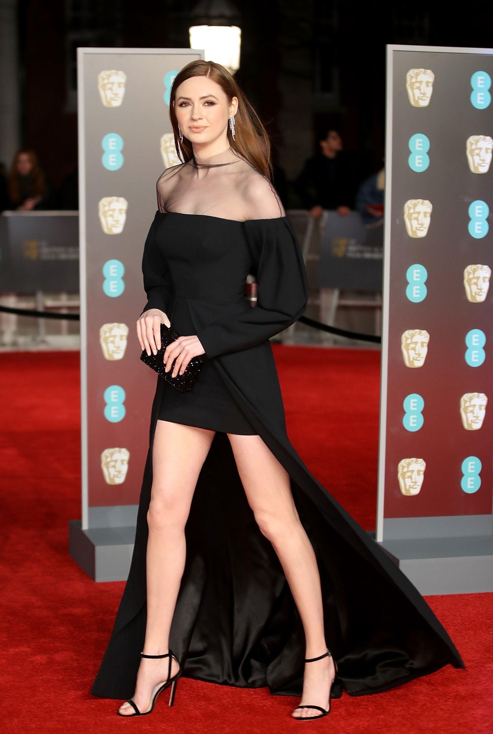 Baftas 2020 All The Red Carpet Looks Black Dress Red Carpet Celebrity Black Dress Karen Gillan [ 2380 x 1600 Pixel ]