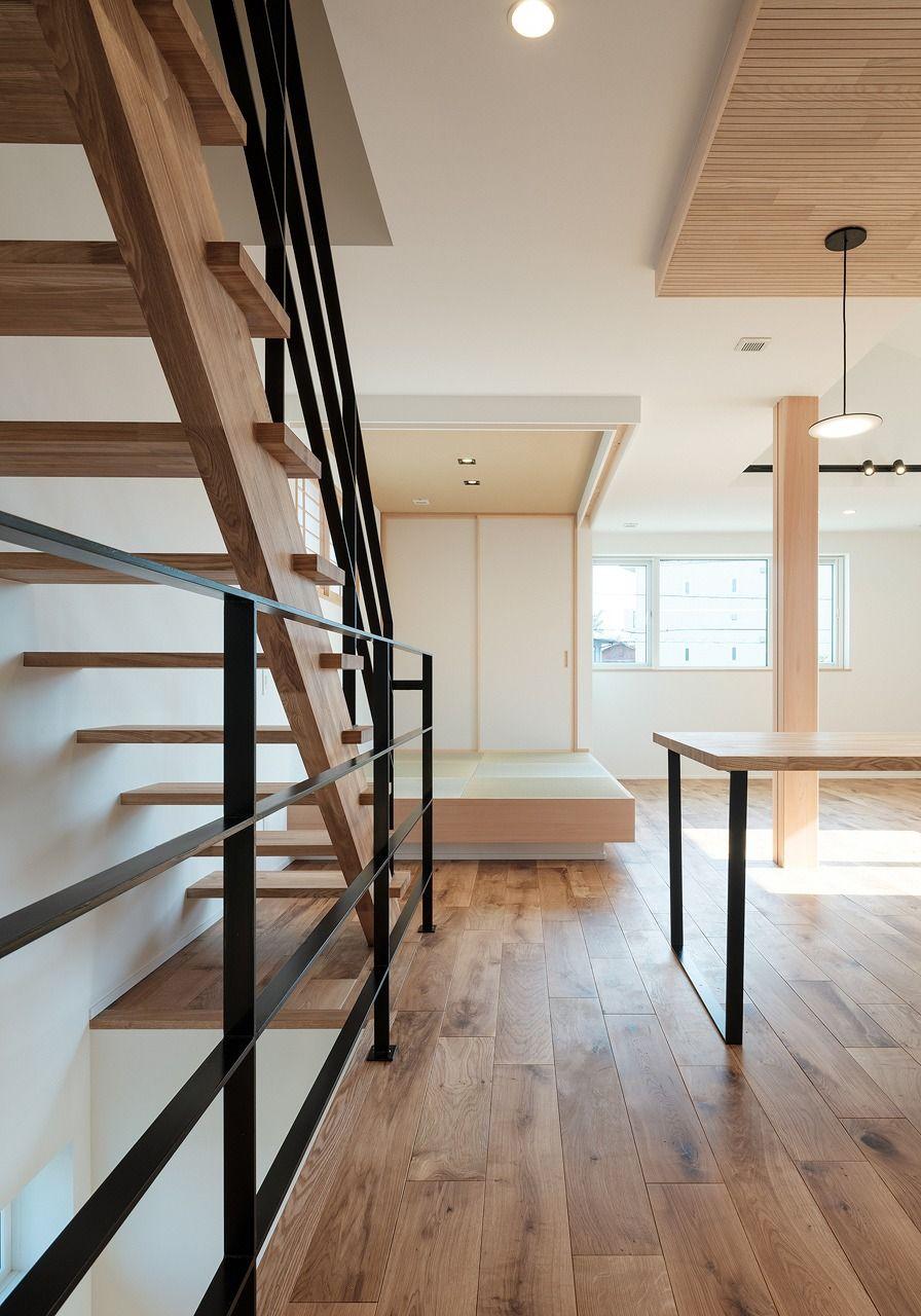 究極のシンプル モダンを目指した2階リビングの邸 埼玉 東京で自然