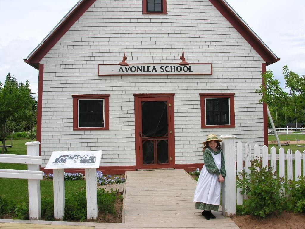 Anne Of Green Gables Virtual Tourist Pei With Images Prince