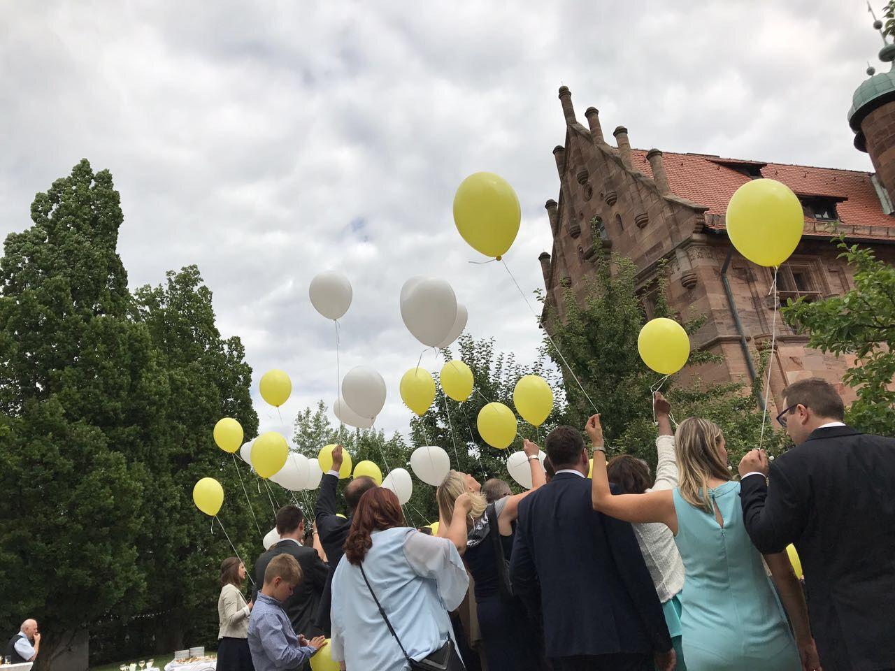 Led Ballons Steigen Lassen