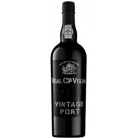 Real Companhia Velha Vintage 2005 is vigorous and full-bodied with richness in colour and sweetness, revealing intense aromatic expressions of the most complex selection of fruits and wild berries. It's round, powerful and fruitful, but with elegant structure #realcompanhiavelha #realcompanhiavelhavintage #vintage2005 #vinhodoporto #portwine