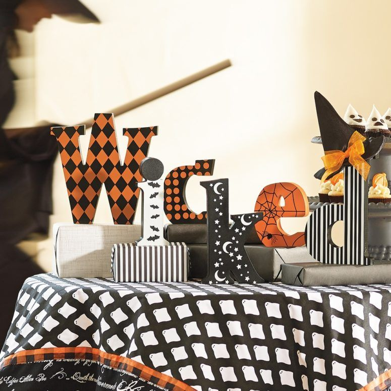 great halloween mantel decorating ideas Celebrate Halloween - halloween decorating ideas indoor