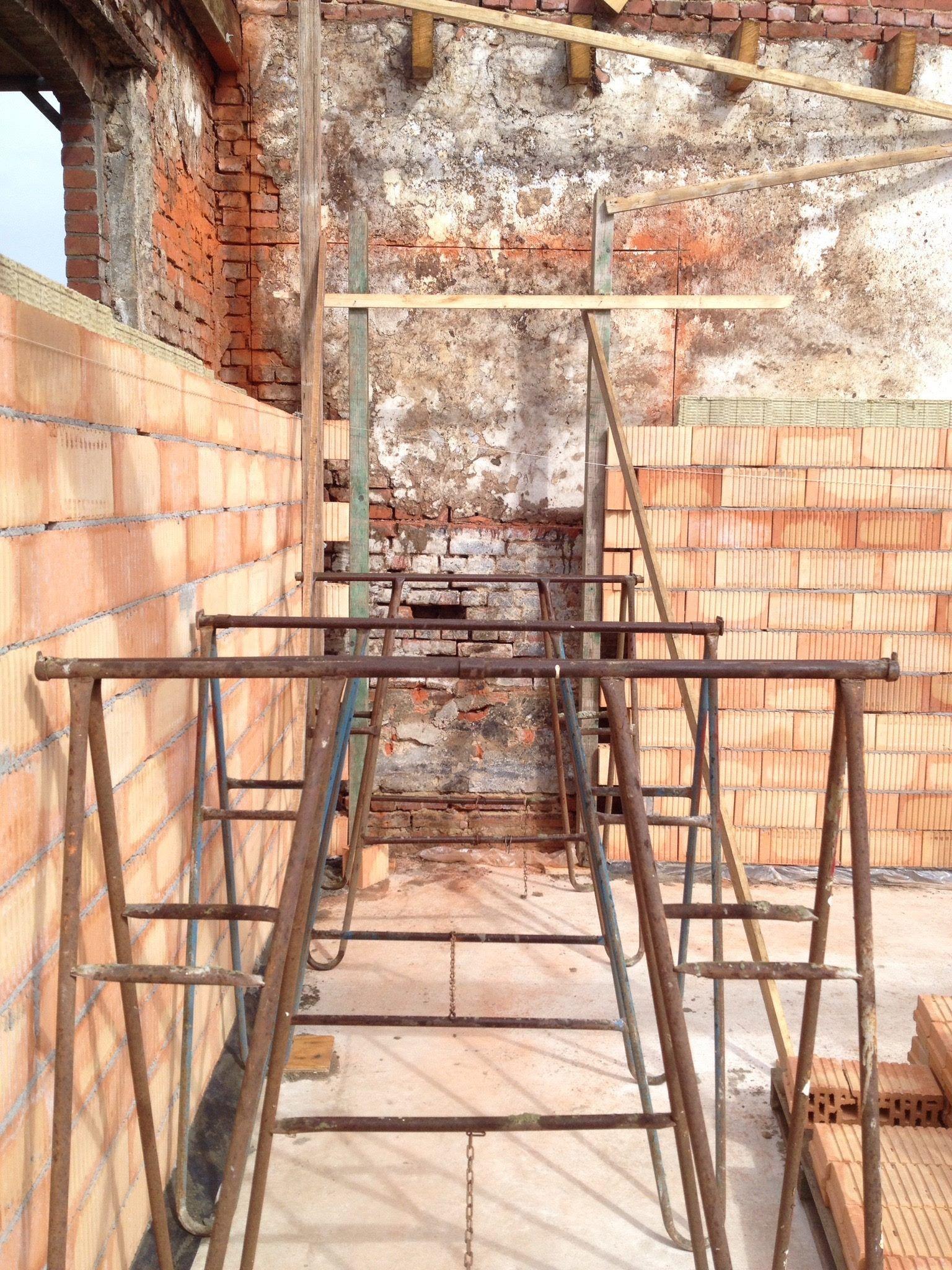 Uitvoering van boerderij naar woonhuis en b b verbouwing renovatie woonboerderij bed - Architectuur renovatie ...