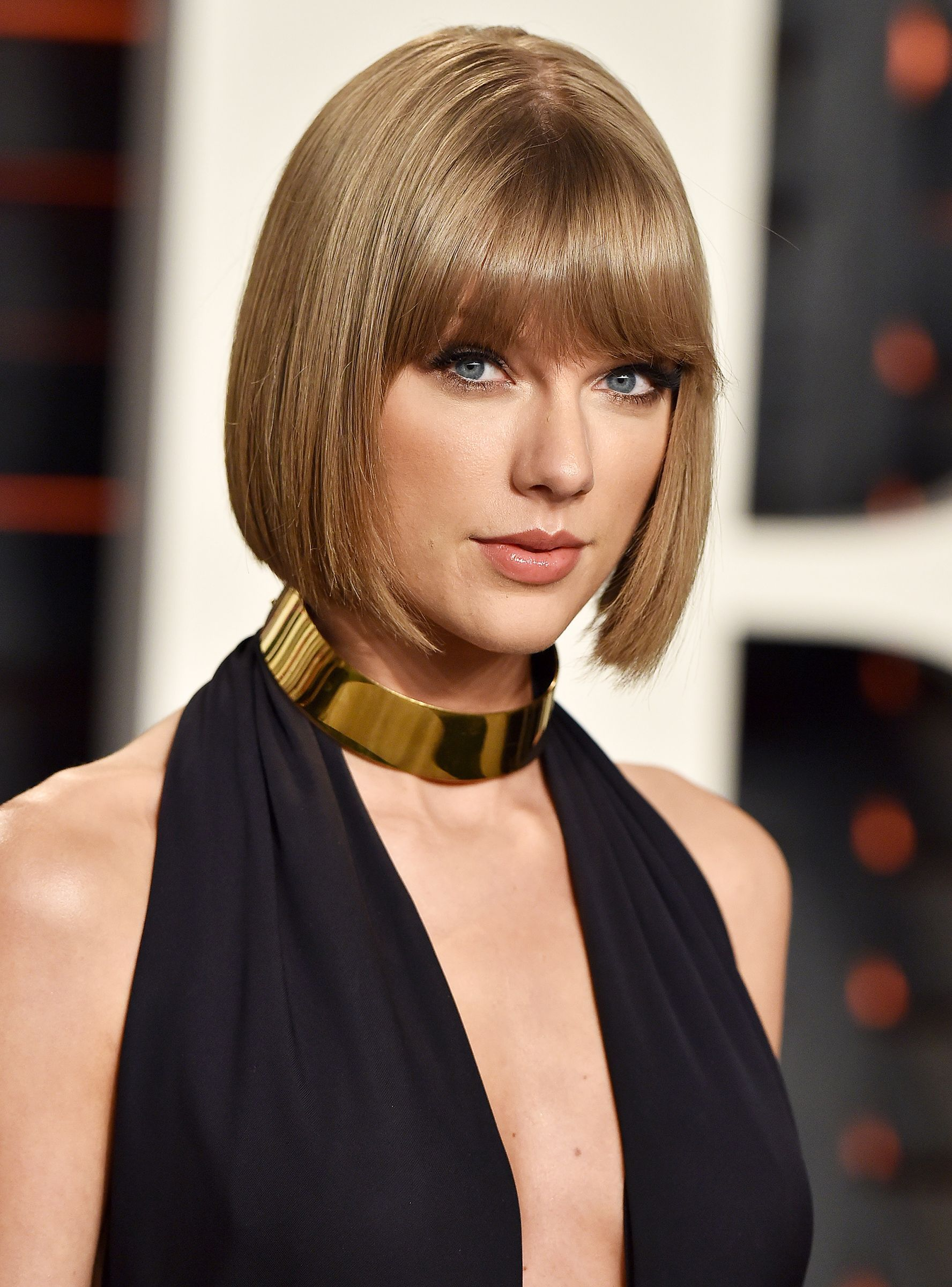 Something Strange Is Going On With Taylor Swift S Eyebrows Eyebrow