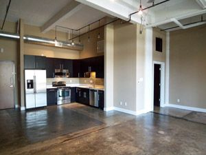 judson 39 s candy factory lofts san antonio tx lisa schmidt realtor phyllis browning. Black Bedroom Furniture Sets. Home Design Ideas