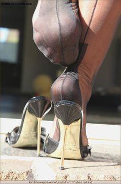Foot lady barbara