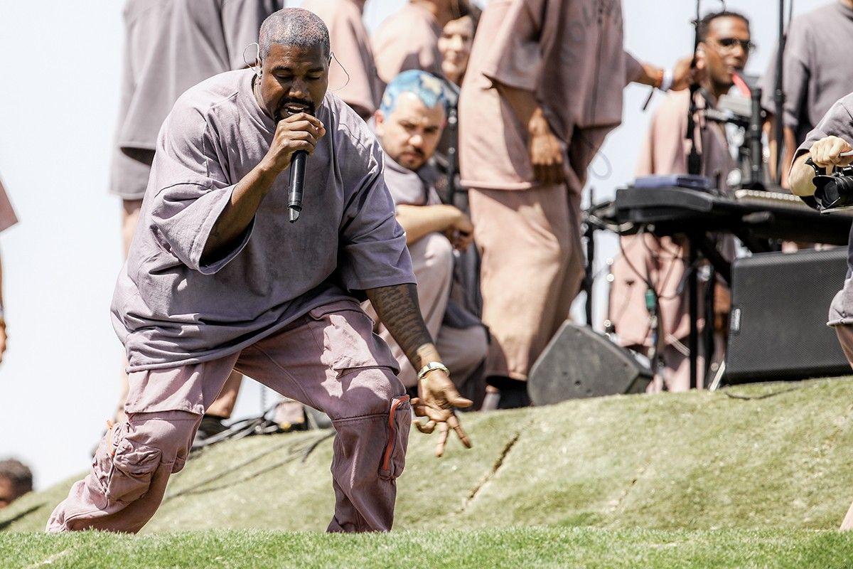 Kanye West Announces Jesus Is King Sunday Service Experience In 2020 Kanye West Gospel Choir Kanye