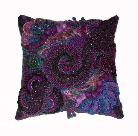 Renate Kirkpatrick's Freeform crochet blog-so inspiring :-)