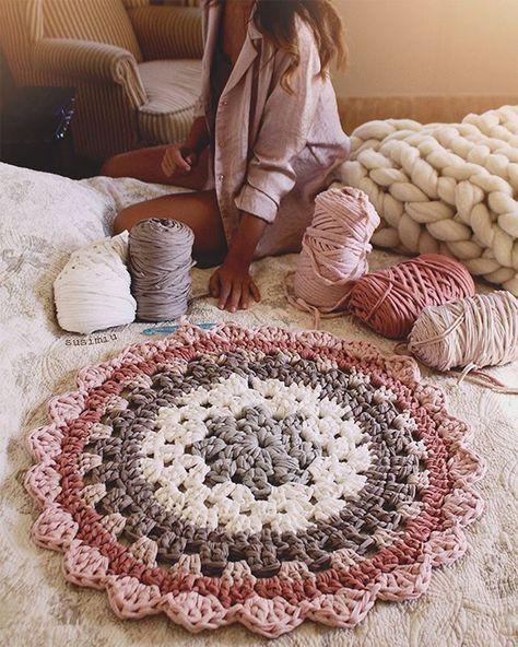Mismo modelo, diferente paleta de colores  cuál os gusta más?  #susimiu #handmade #cute #pink #flower #crochet #trapillo #ganchillo #deco #photography
