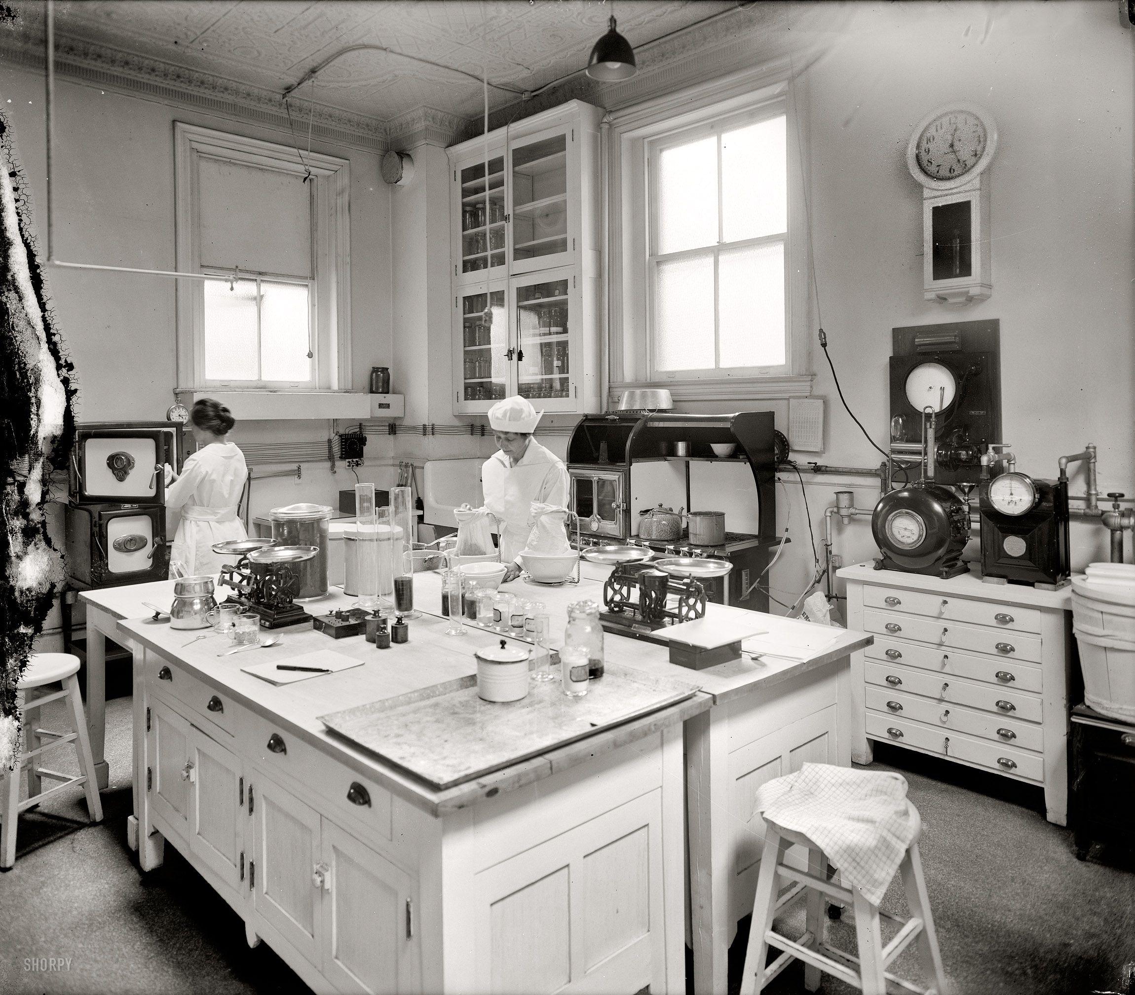 1920 kitchen   washington d  love the double island shorpy historic picture archive  washington circa 1920    home      rh   pinterest com