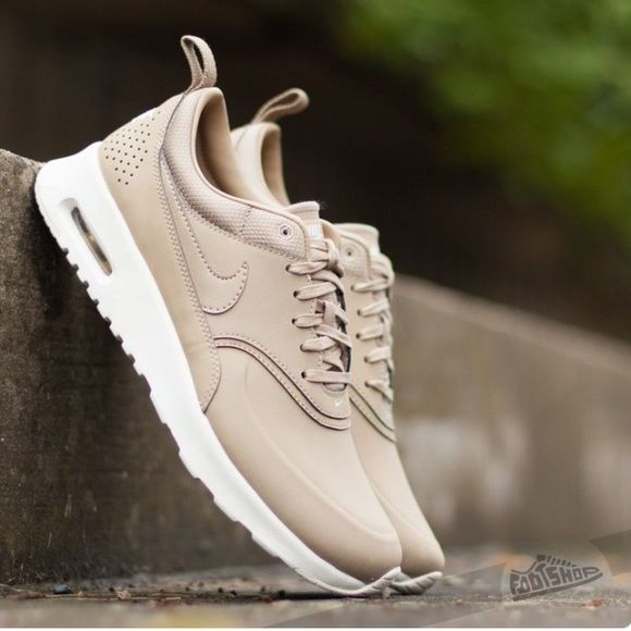 cf2ec7275fd2 Nike Air Max Thea Leather Sneakers Beige leoncamier.co.uk