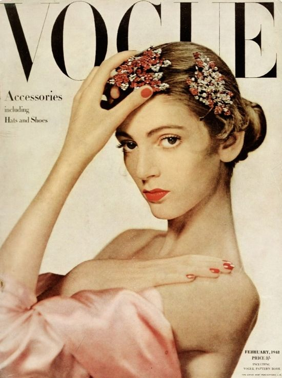 Vogue Background - Layout Trends of the 1940's With Photographs