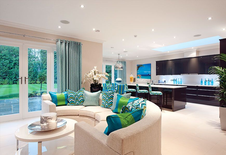 Octagon Luxury Homes And Apartments. Kitchen/Day Room Kingswood, Surrey I  Kingswood Warren