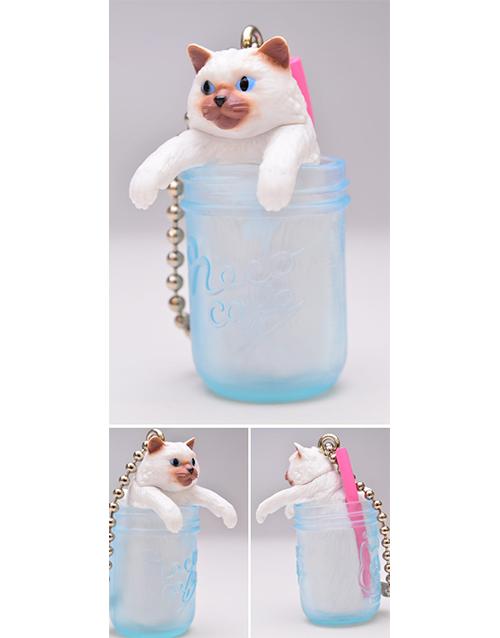 Neko-Cafe-6-Cat-in-Clear-Mug2