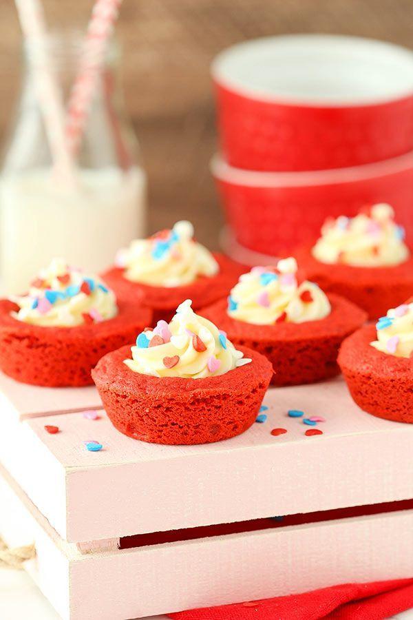 Red Velvet Cheesecake Cookie Cups #redvelvetcheesecake Red Velvet Cheesecake Cookie Cups - Life Love and Sugar #redvelvetcheesecake