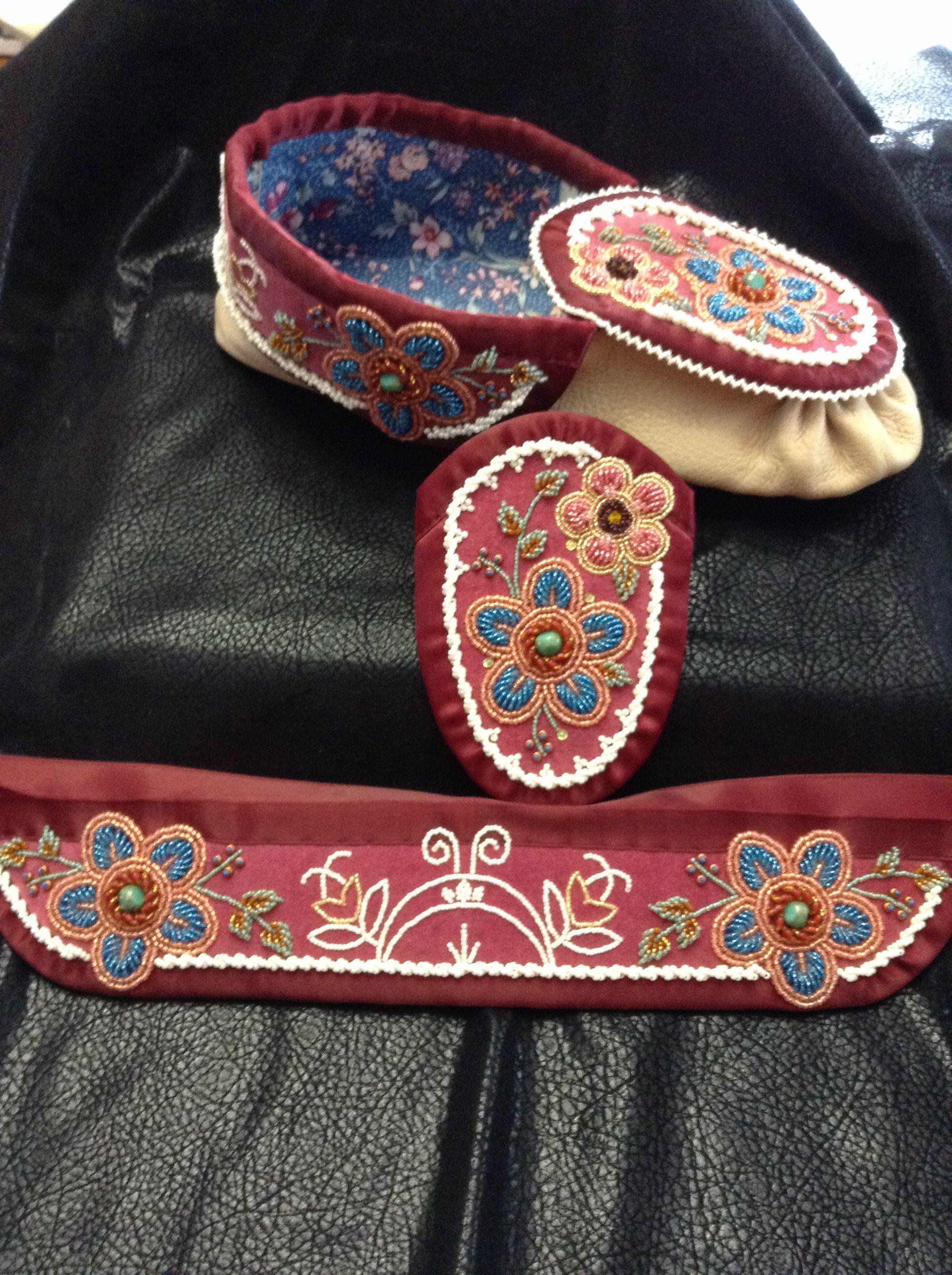 Iroquois style raised beadwork by Sadie Thompson