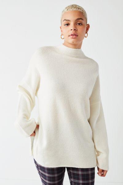 UO Benny Fuzzy Mock,Neck Sweater