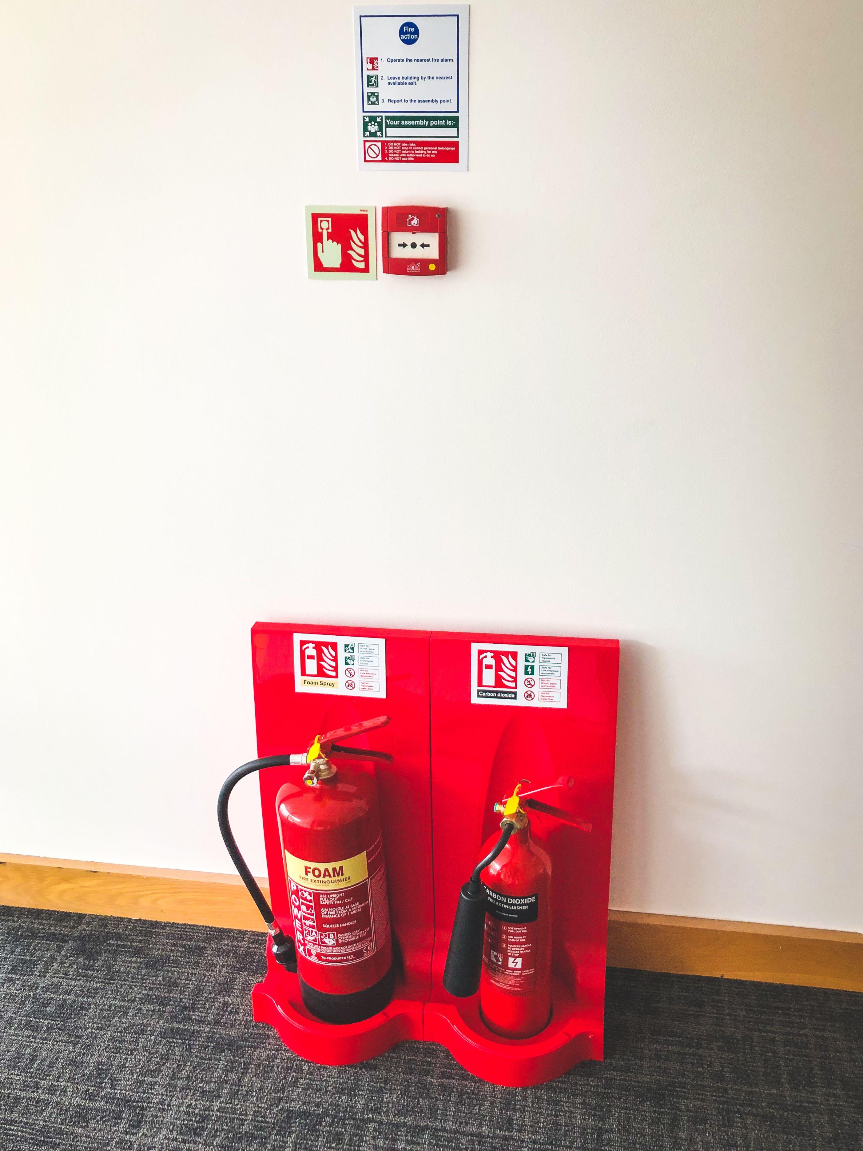 Modulex flat pack fire extinguisher stand fire