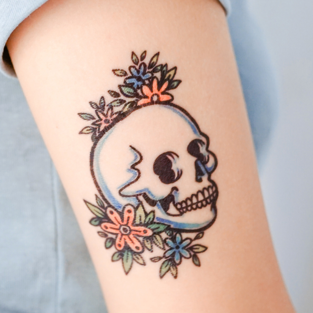 Photo of LAZY DUO Old School tattoo Sticker Skull Skelton Tatouage Blue Rose Black Pop Color Flower Floral Realistic Traditional Vintage Crown cráneo