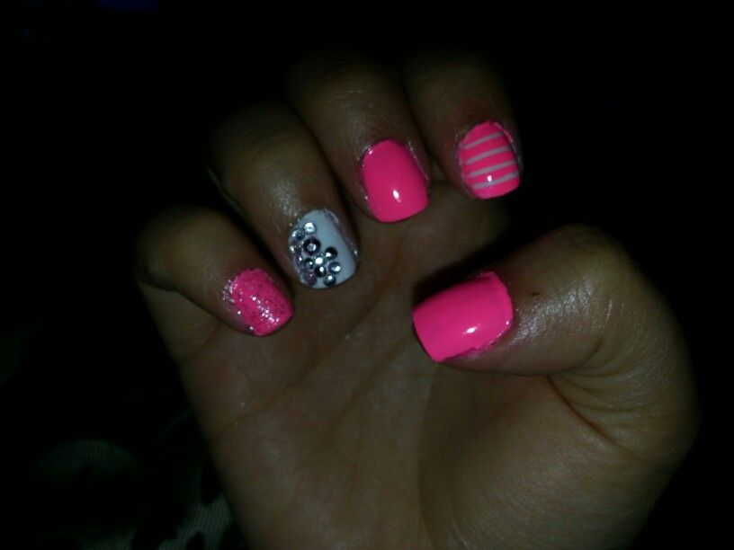 Neon pink nails..rhinestones...white... | Nail art <3 | Pinterest ...