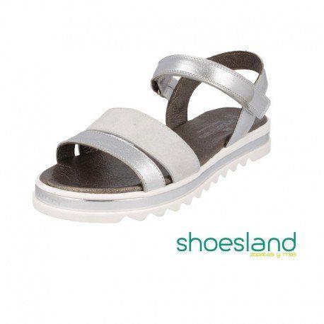 61b59f05b No querrán dejar de ponerselas porque estas sandalias para niñas de  Andanines en piel laminada plata