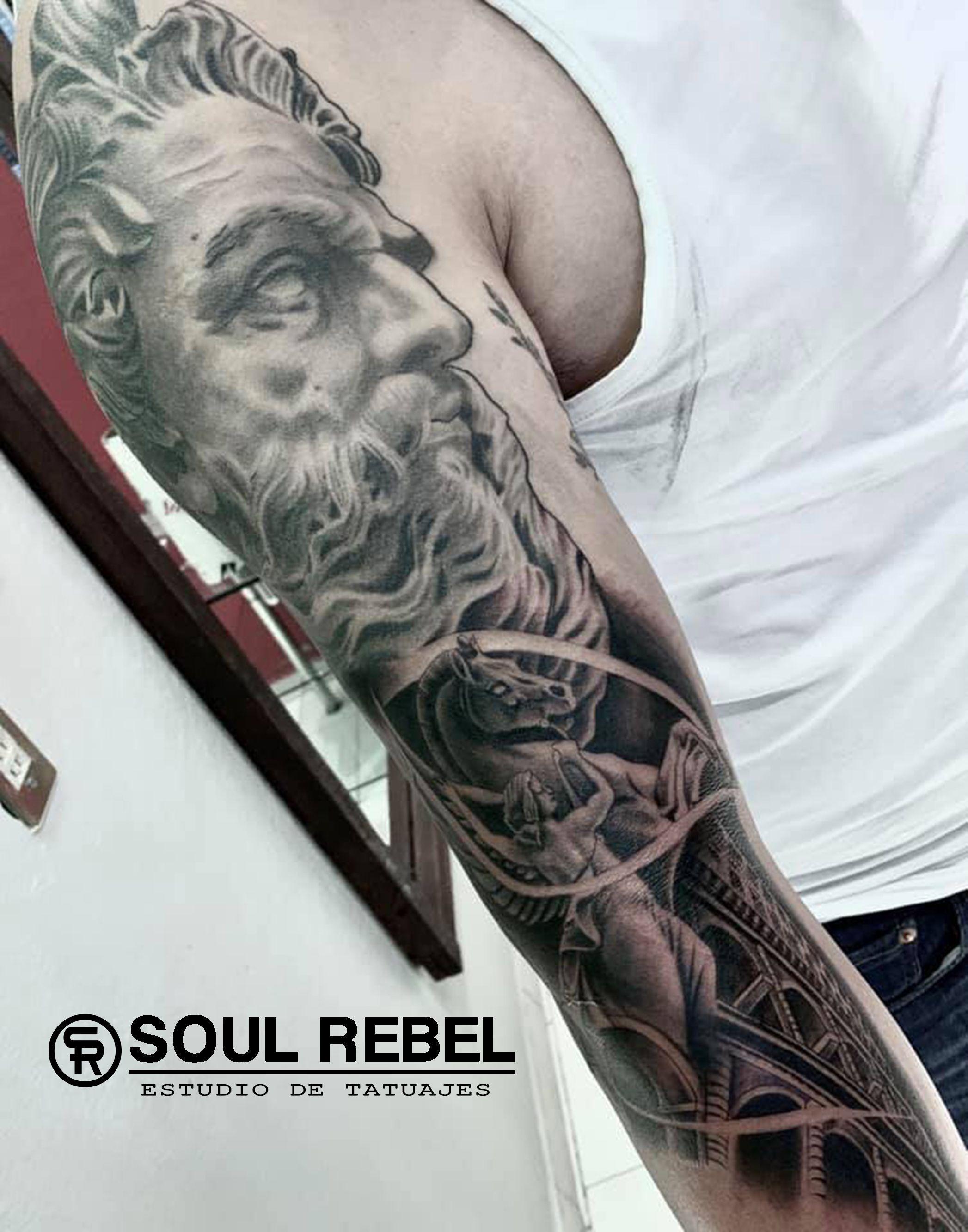 #tatuajezeus #zeustattoo #realismotattoo #tatuajerealismo #tattooblackwork