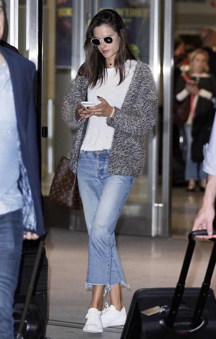 3286ecc5da Alessandra Ambrosio s Chunky Cardigan and White Sneakers Look for Less
