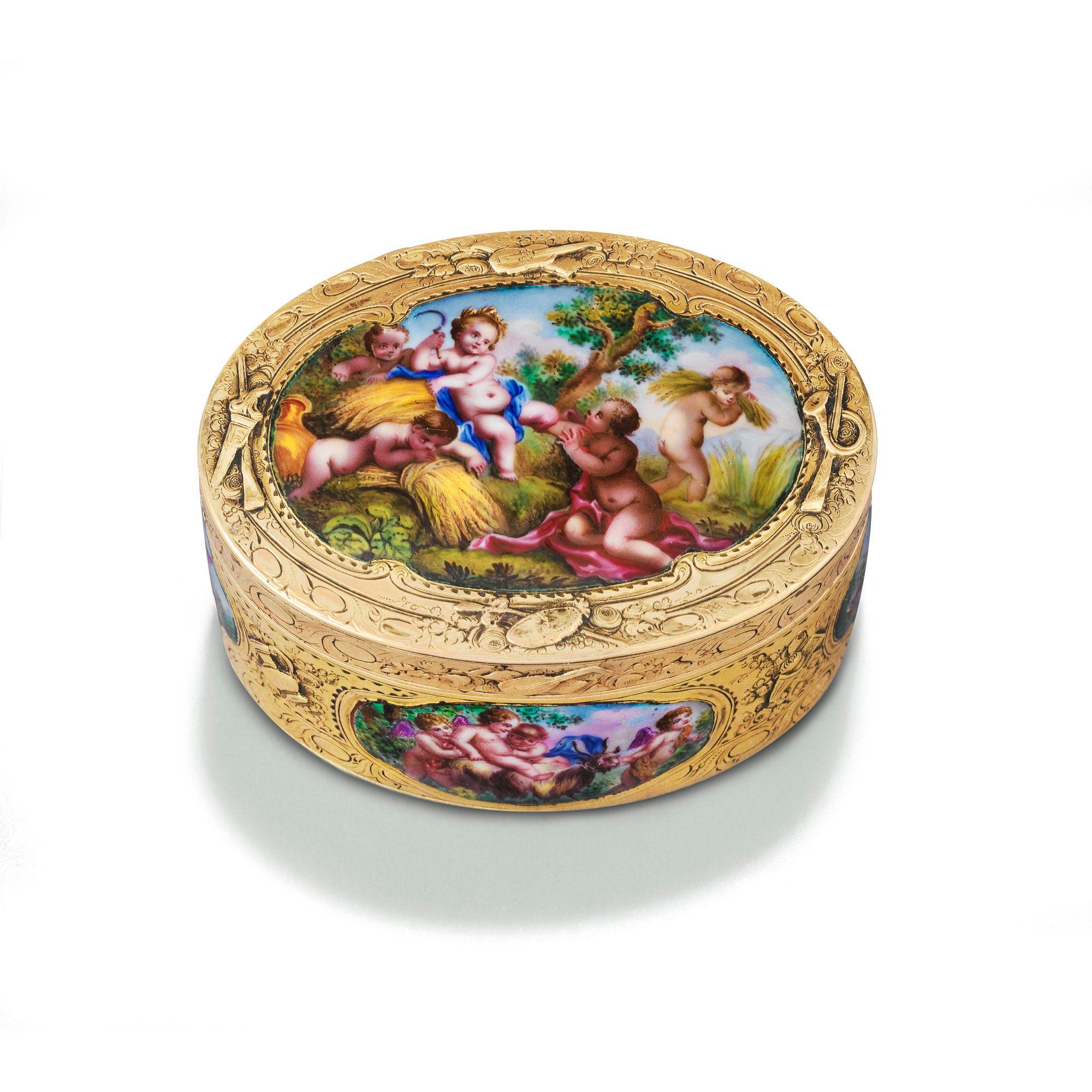 <p>tabatière ovale en or et émail en plein, | | sotheby's pf1012lot5mgnhen