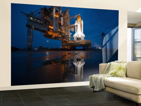 Superb Night View Of Space Shuttle Atlantis On The Launch Pad At Kennedy Space  Center, Florida Part 10