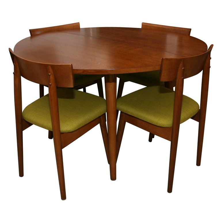 1950 39 s dining table with 4 chairs by conant ball russell for Antique dining room furniture