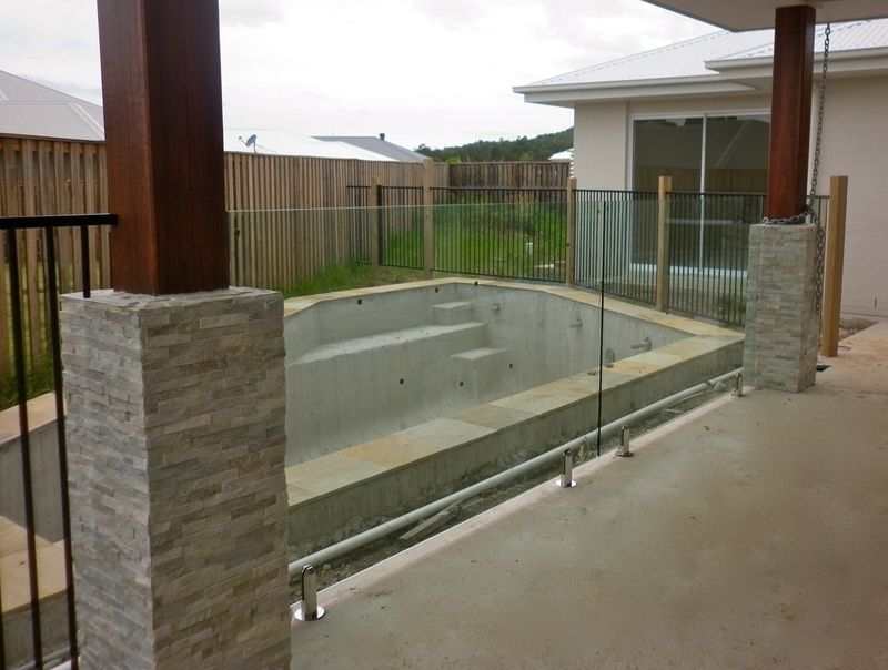 Pool Fencing Gold Coast And Brisbane Pool Fence Fencing Gates Pool