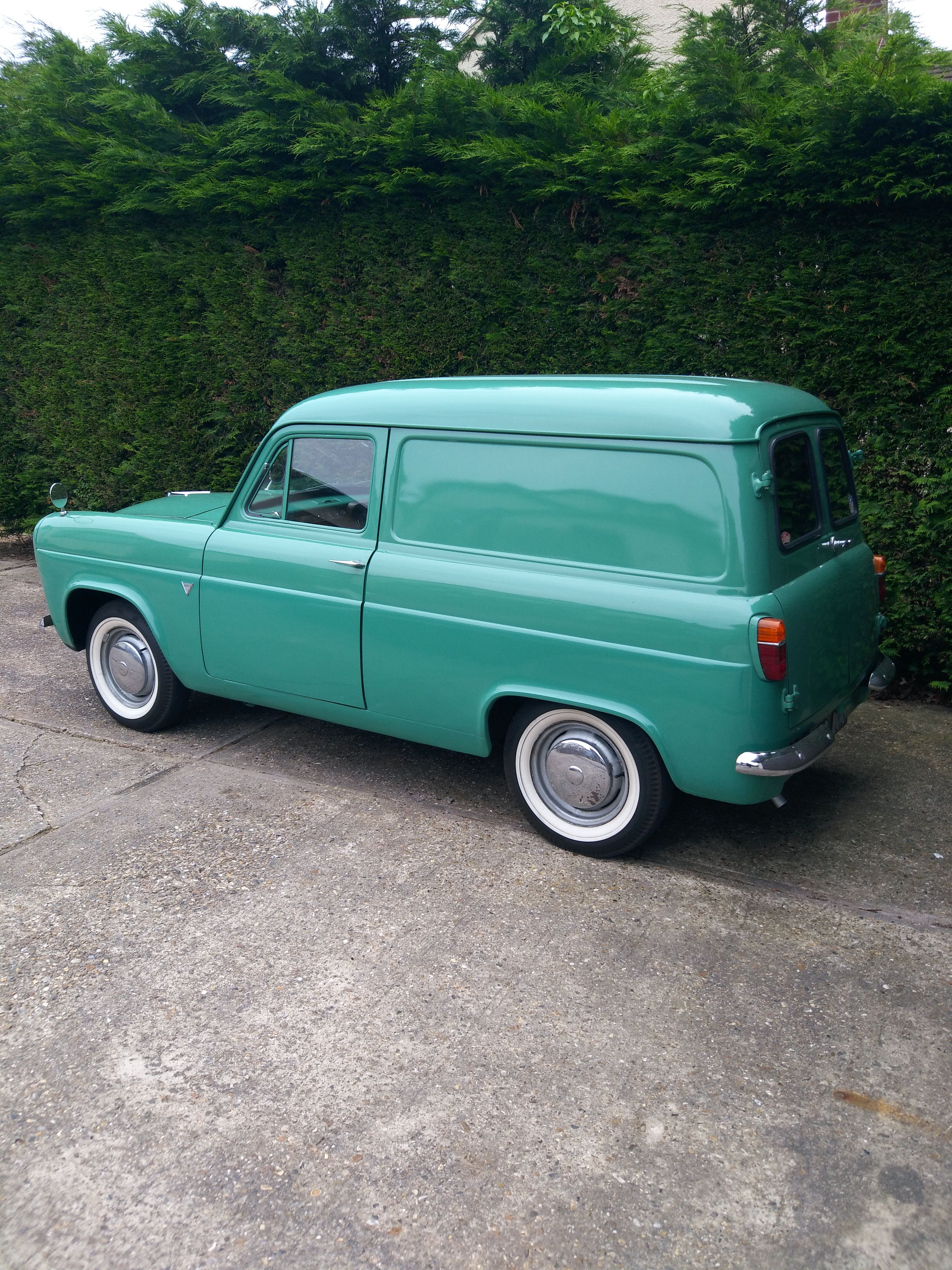 Pin By Francois Perold On Thames 100 300 400 Ford Anglia