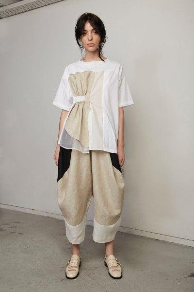 fee38e4cdc06 Siluety · Outfit. Štýly Oblečenia. 2. JT (2) Prestížne Módne Značky