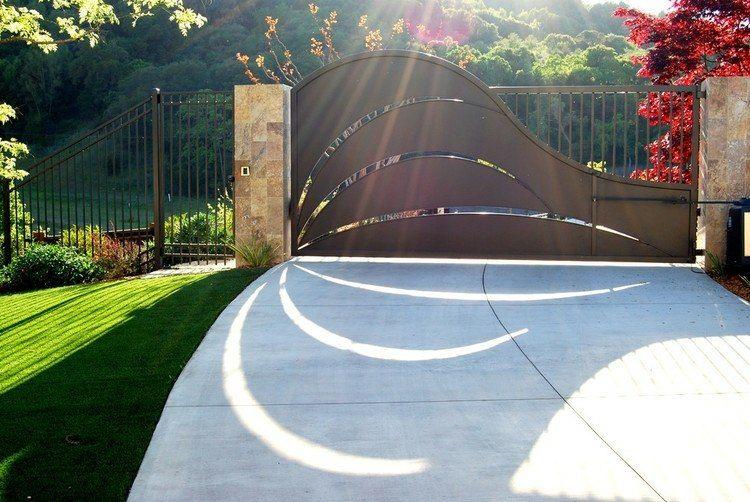Gartenweg mit Pflastersteinen verlegen - praktische Idee für die ...