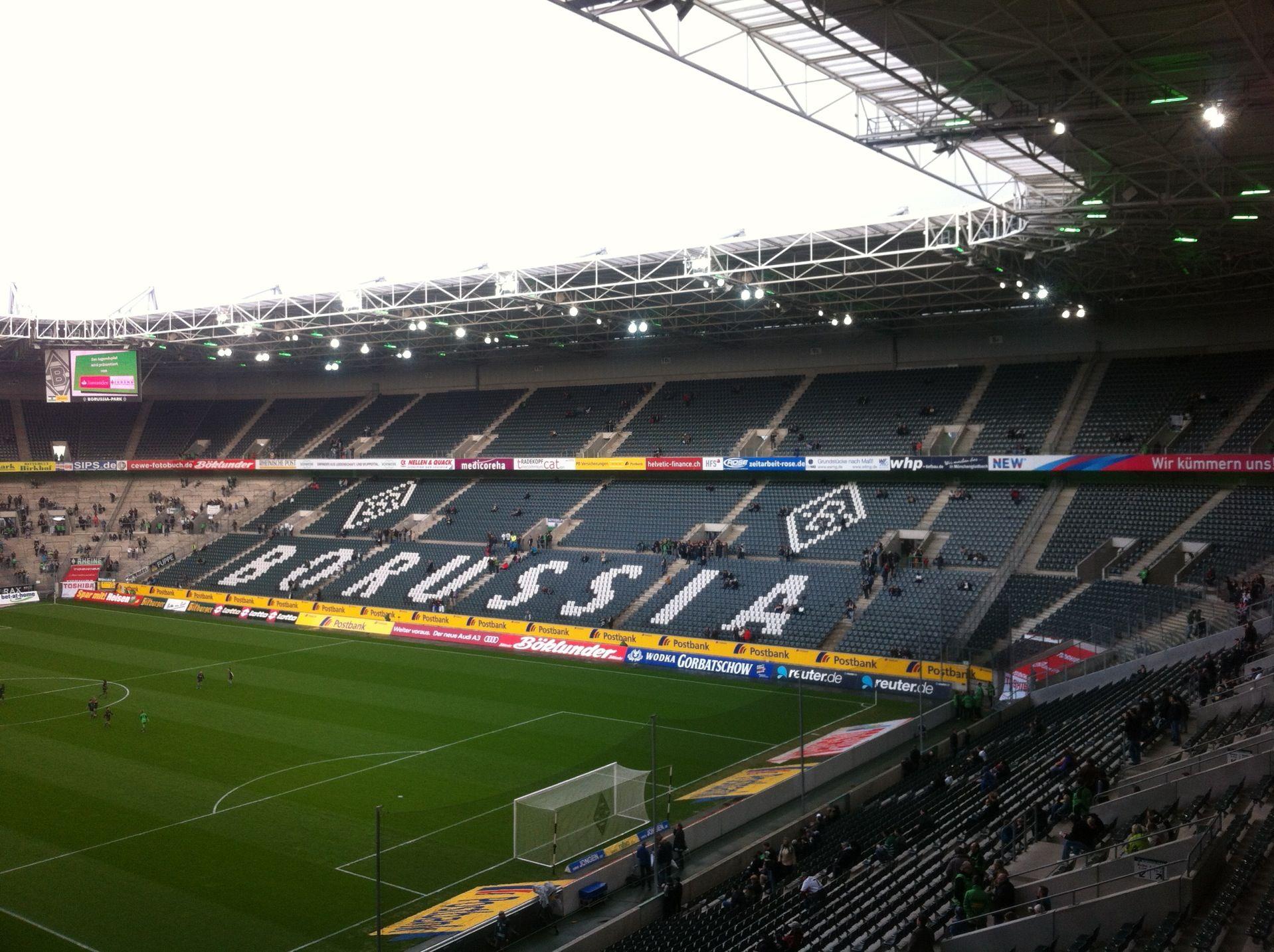 Borussia-Park | Soccer field, Stadium, Life