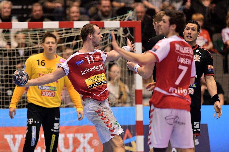 Https Nordjyske Dk Nyheder Sensation Aalborg Sejr Over Veszpr M B2114bbe 5886 407d 8803 B1f9b939649c Gallery Handbold Champion Nyheder